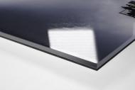 Zusatztribüne im Flutlicht als Direktdruck auf Alu-Dibond hinter Acrylglas (Detail)