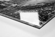 La Bombonera (schwarz/weiß) als Direktdruck auf Alu-Dibond hinter Acrylglas (Detail)