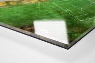 Fußballplatz in Shrewsbury als Direktdruck auf Alu-Dibond hinter Acrylglas (Detail)