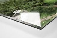 Fußballplatz in Honolulu als Direktdruck auf Alu-Dibond hinter Acrylglas (Detail)