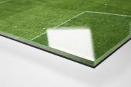 Spielfeldausschnitt Bökelberg als Direktdruck auf Alu-Dibond hinter Acrylglas (Detail)
