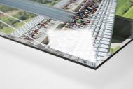 Marathon über die Brücke als Direktdruck auf Alu-Dibond hinter Acrylglas (Detail)