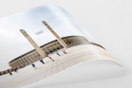 Kicken vor dem Olympiastadion als FineArt-Print