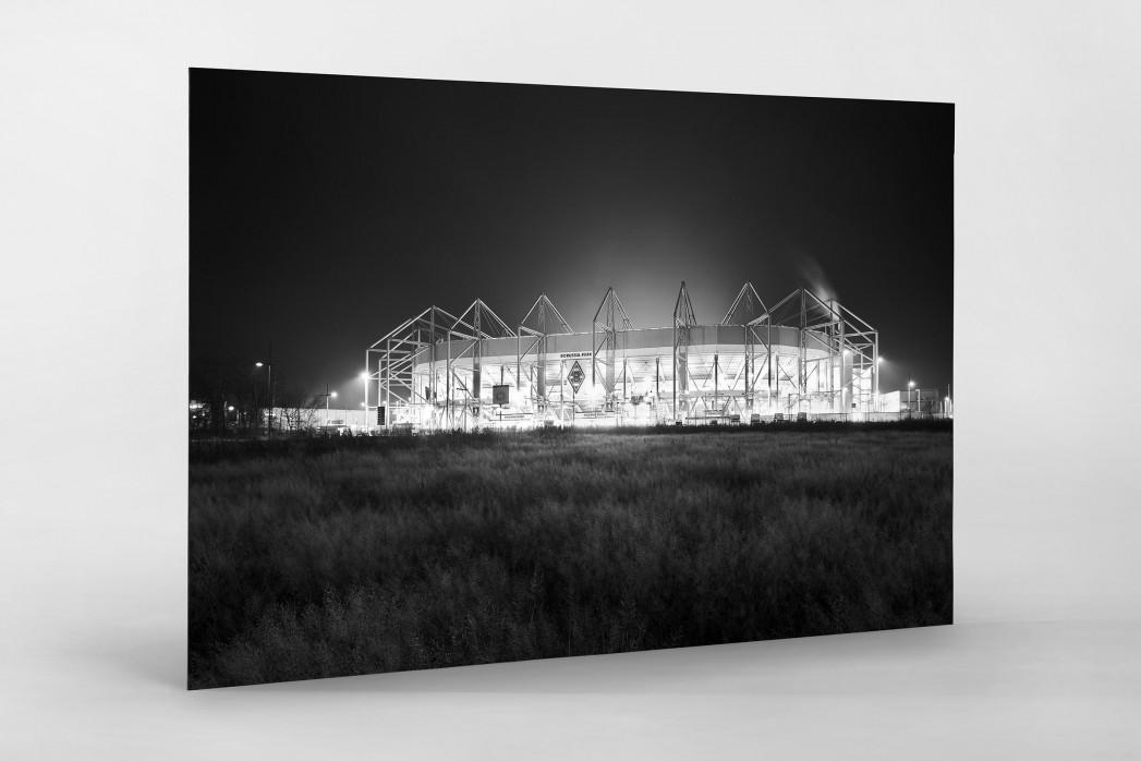Borussia Park bei Flutlicht (schwarz/weiß) als auf Alu-Dibond kaschierter Fotoabzug