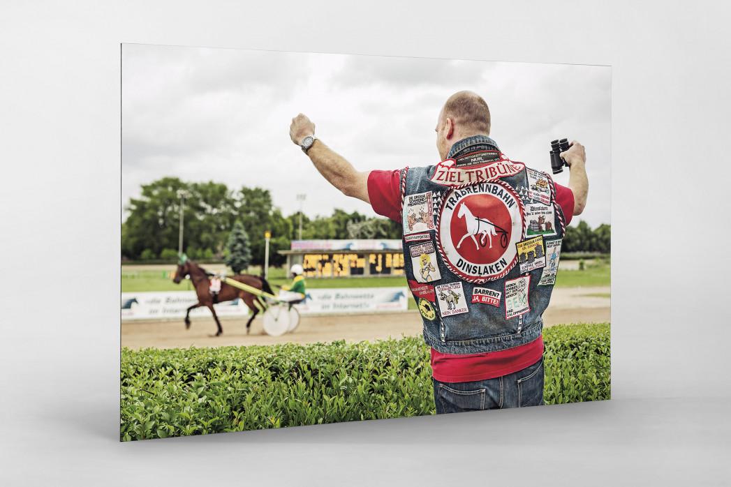 Kutte Pferderennen als auf Alu-Dibond kaschierter Fotoabzug