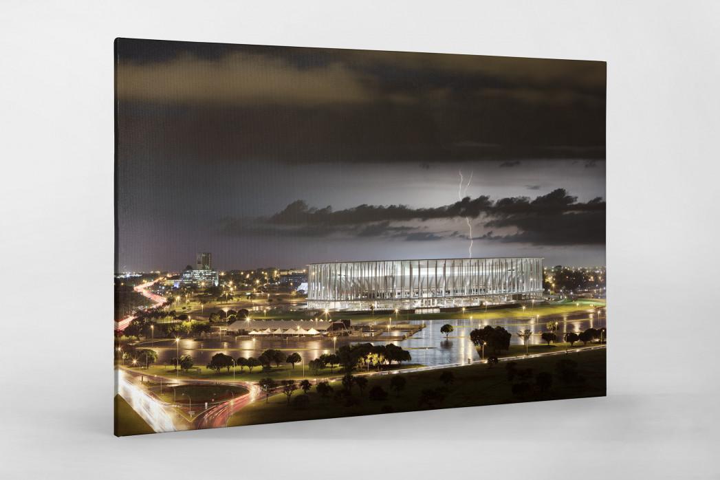 Estádio Nacional de Brasília am Abend als Leinwand auf Keilrahmen gezogen