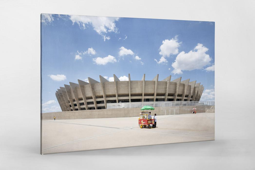 Imbiss vor dem Estádio Mineirão als Leinwand auf Keilrahmen gezogen