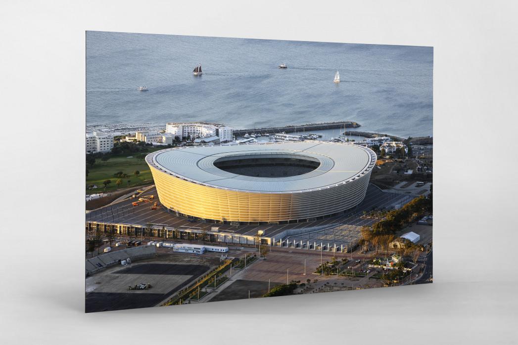 Cape Town Stadium und Segelboote als auf Alu-Dibond kaschierter Fotoabzug