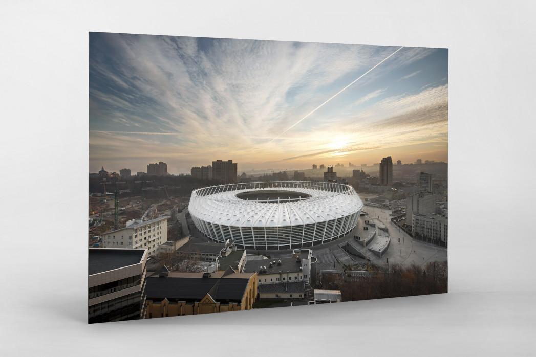 Himmel über dem Olympiastadion Kiew als auf Alu-Dibond kaschierter Fotoabzug