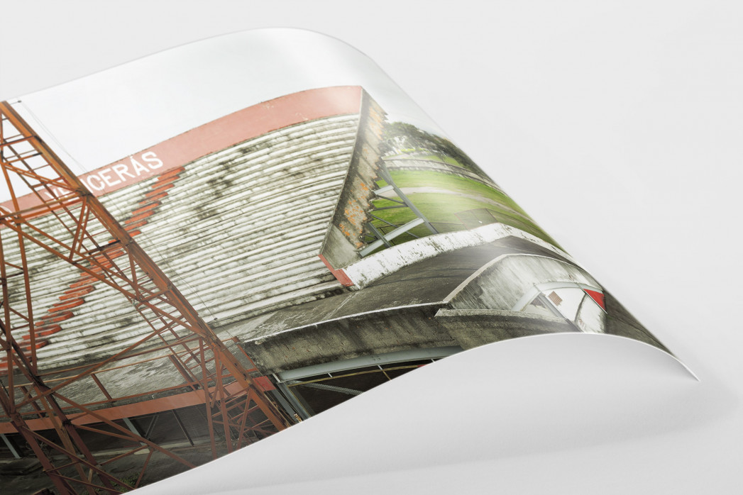Tribüne im Stadion Giulite Coutinho als FineArt-Print