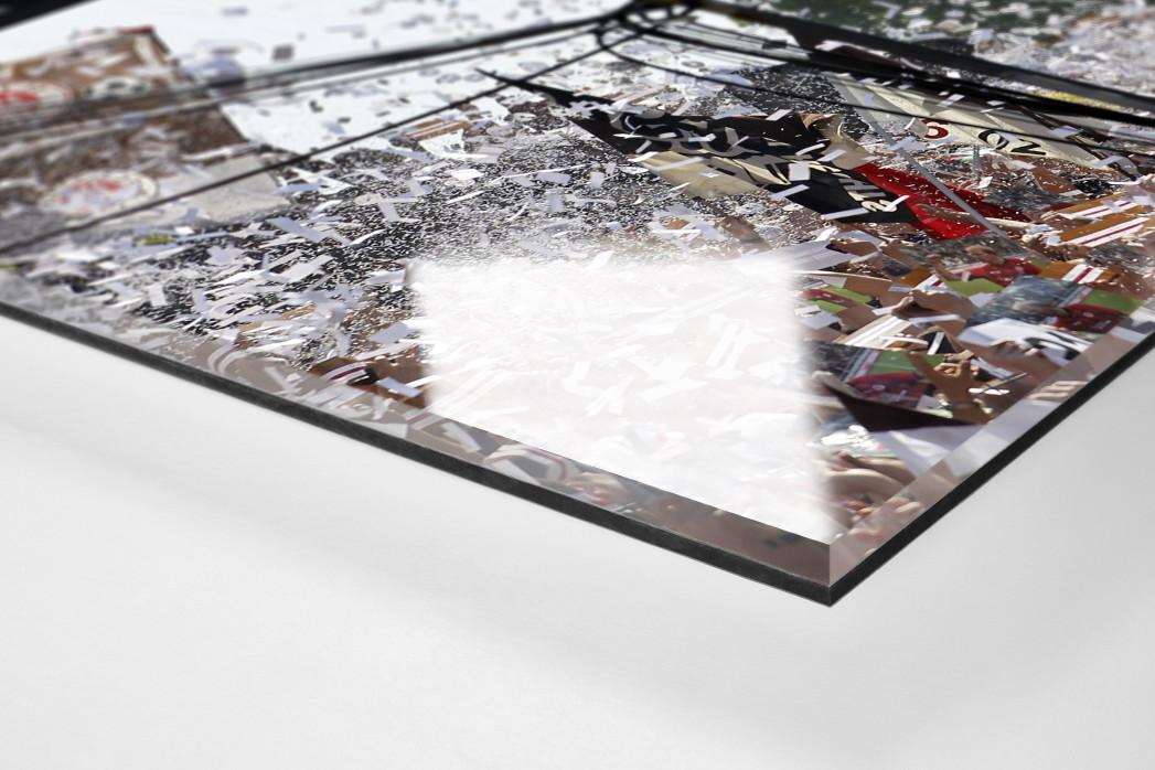St. Pauli Fankurve als Direktdruck auf Alu-Dibond hinter Acrylglas (Detail)
