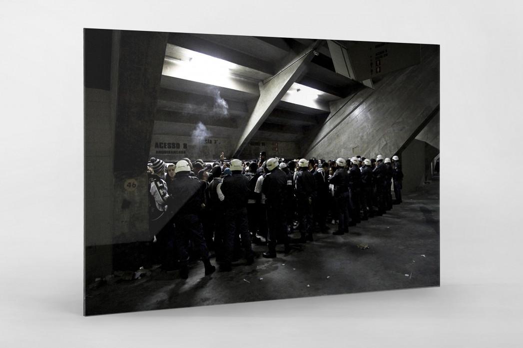 Police And Fans At The Stadium als Direktdruck auf Alu-Dibond hinter Acrylglas