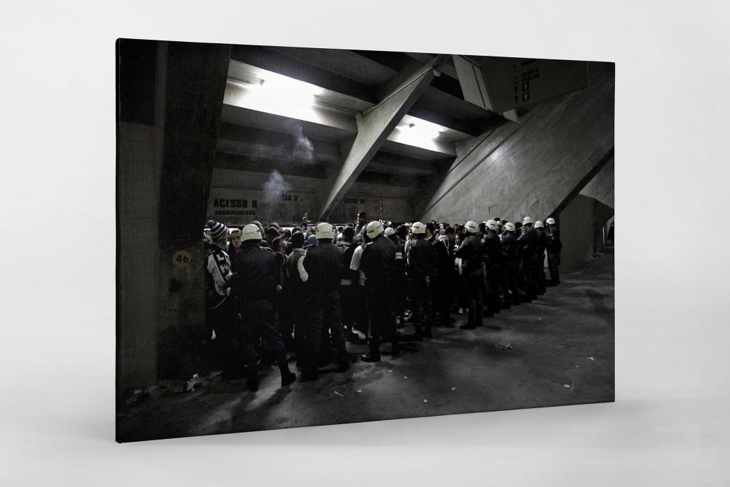 Police And Fans At The Stadium als Leinwand auf Keilrahmen gezogen