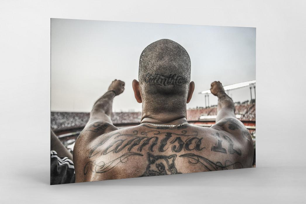 Tattooed Corinthians Fan als auf Alu-Dibond kaschierter Fotoabzug