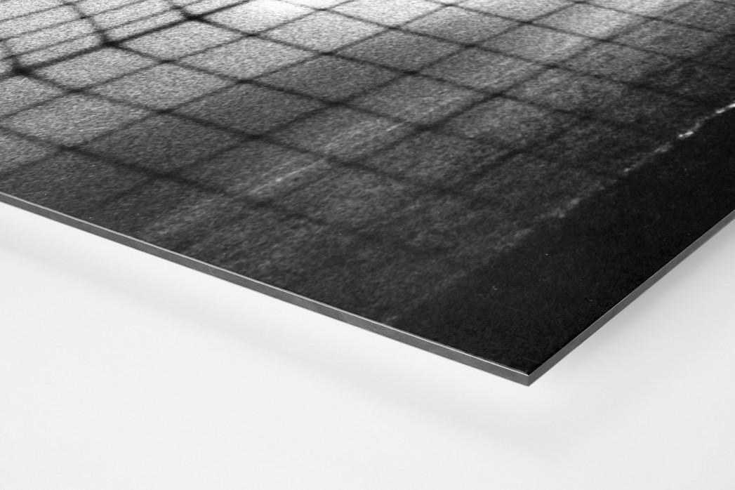 Torwart im Nebel als auf Alu-Dibond kaschierter Fotoabzug (Detail)