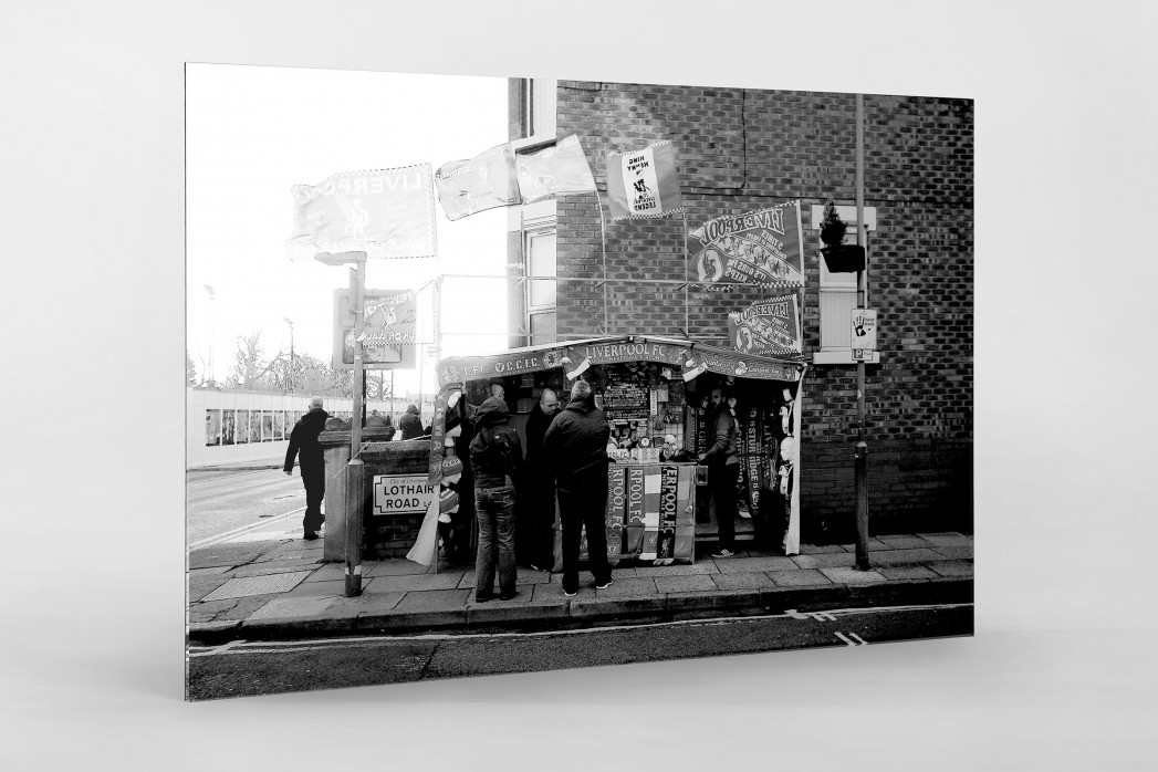 Merchandise-Stand in Liverpool als Direktdruck auf Alu-Dibond hinter Acrylglas