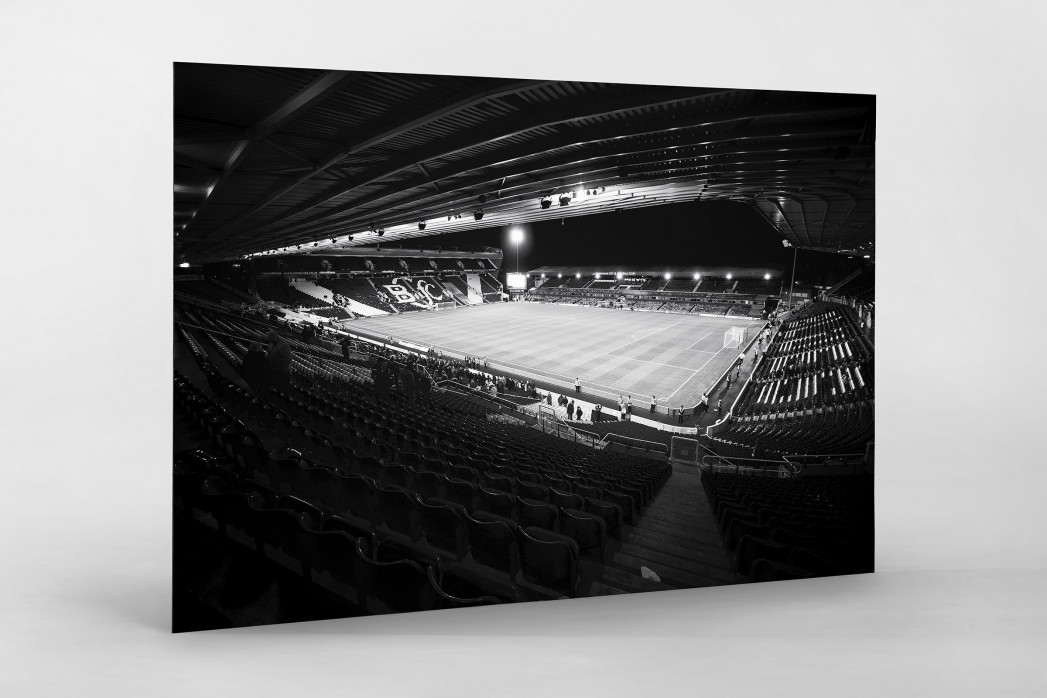 Blick in das St. Andrew's Stadium (s/w) als auf Alu-Dibond kaschierter Fotoabzug