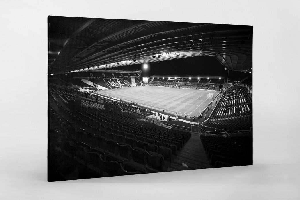 Blick in das St. Andrew's Stadium (s/w) als Leinwand auf Keilrahmen gezogen
