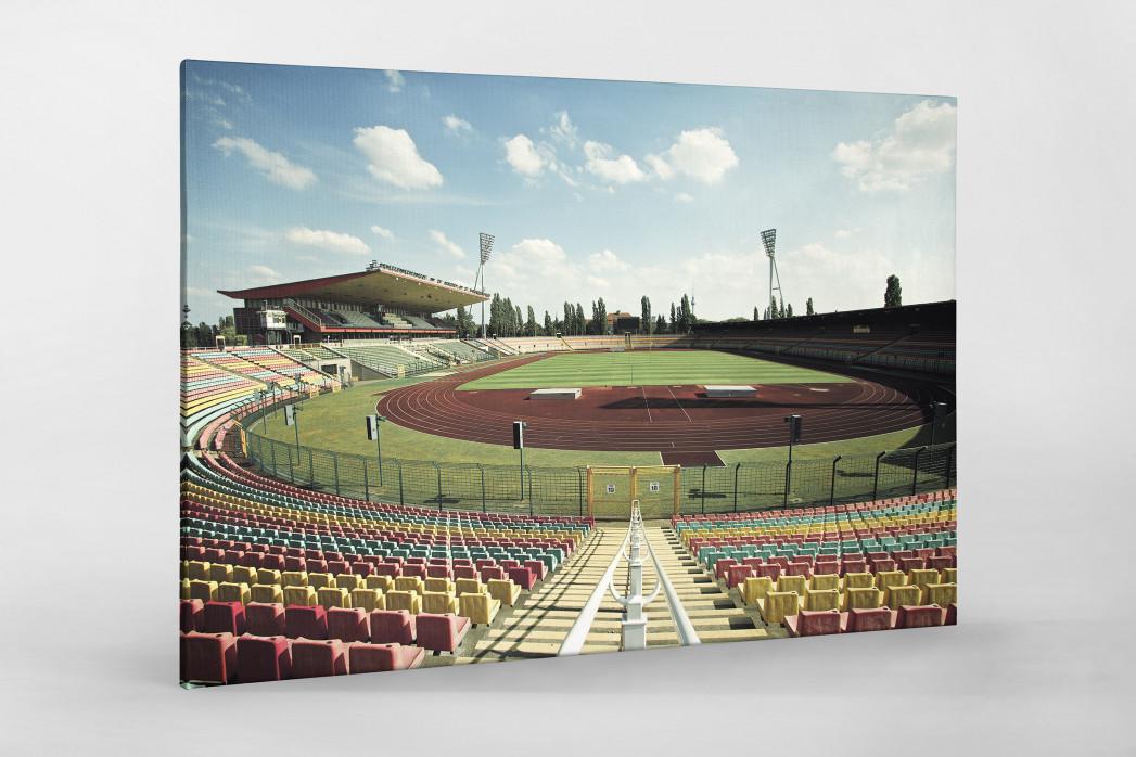 Blick in den Jahn-Sportpark als Leinwand auf Keilrahmen gezogen