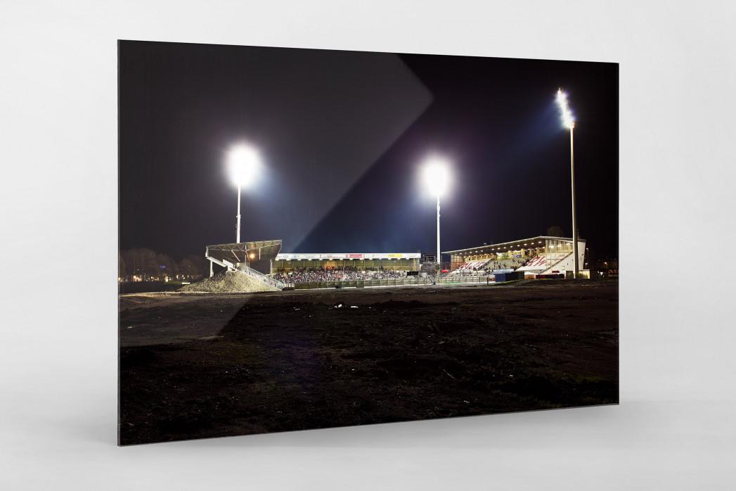 Georg-Melches-Stadion als Direktdruck auf Alu-Dibond hinter Acrylglas