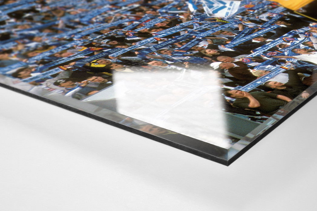 Hertha Fans 1997 als Direktdruck auf Alu-Dibond hinter Acrylglas (Detail)