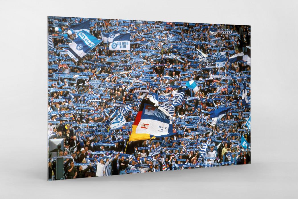Hertha Fans 1997 als Direktdruck auf Alu-Dibond hinter Acrylglas