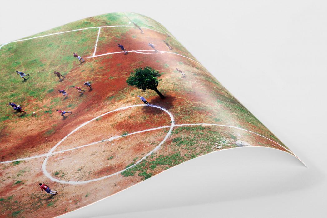 Bolzplatz in Brasilien als FineArt-Print