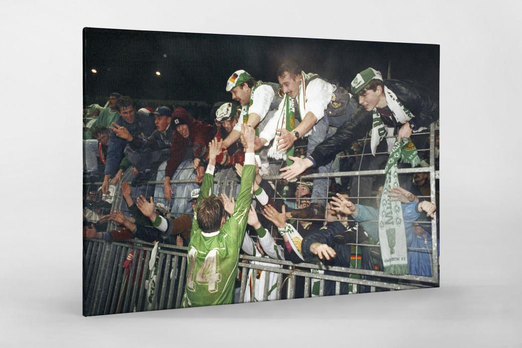 Nach der Bremer Europapokalschlacht  als Leinwand auf Keilrahmen gezogen