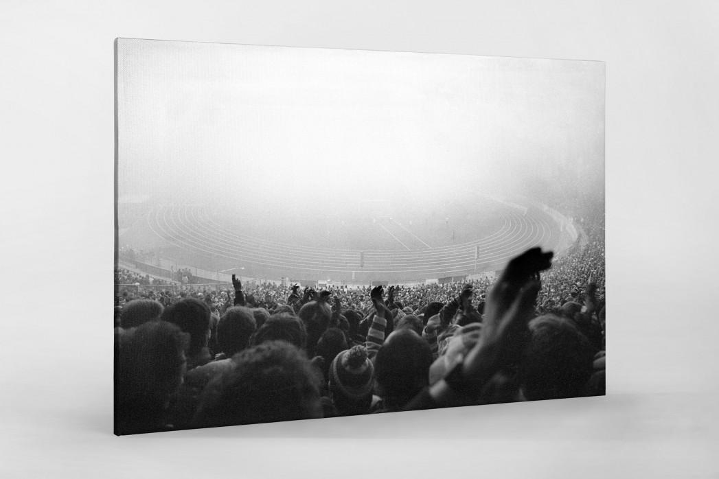 Nebel im Olympiastadion als Leinwand auf Keilrahmen gezogen