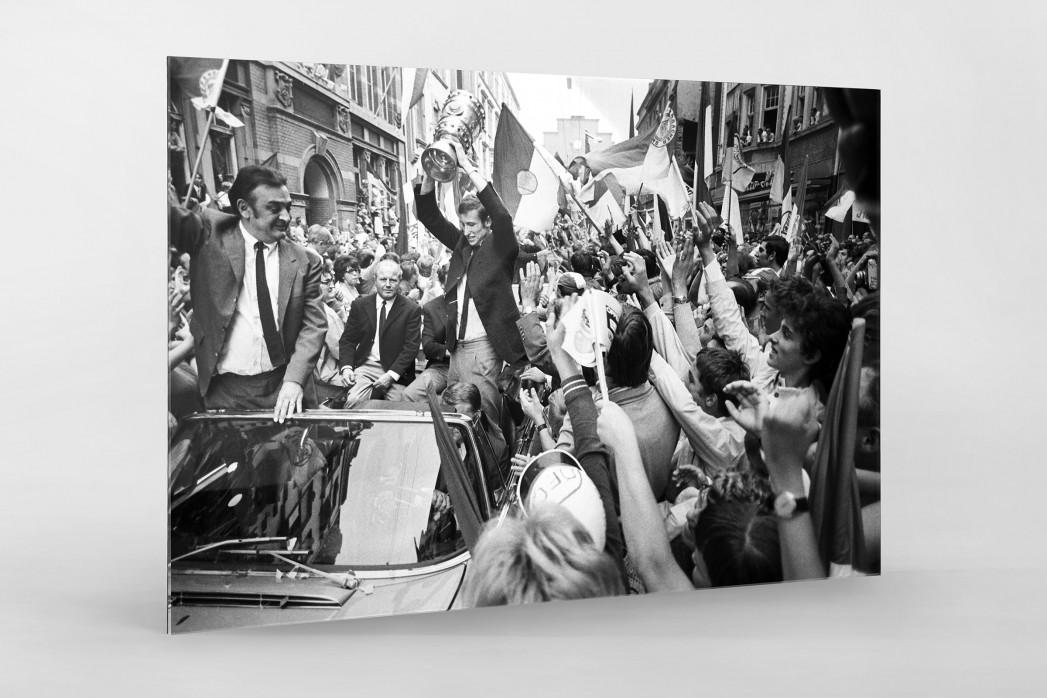 Offenbach feiert Pokalsieg als Direktdruck auf Alu-Dibond hinter Acrylglas