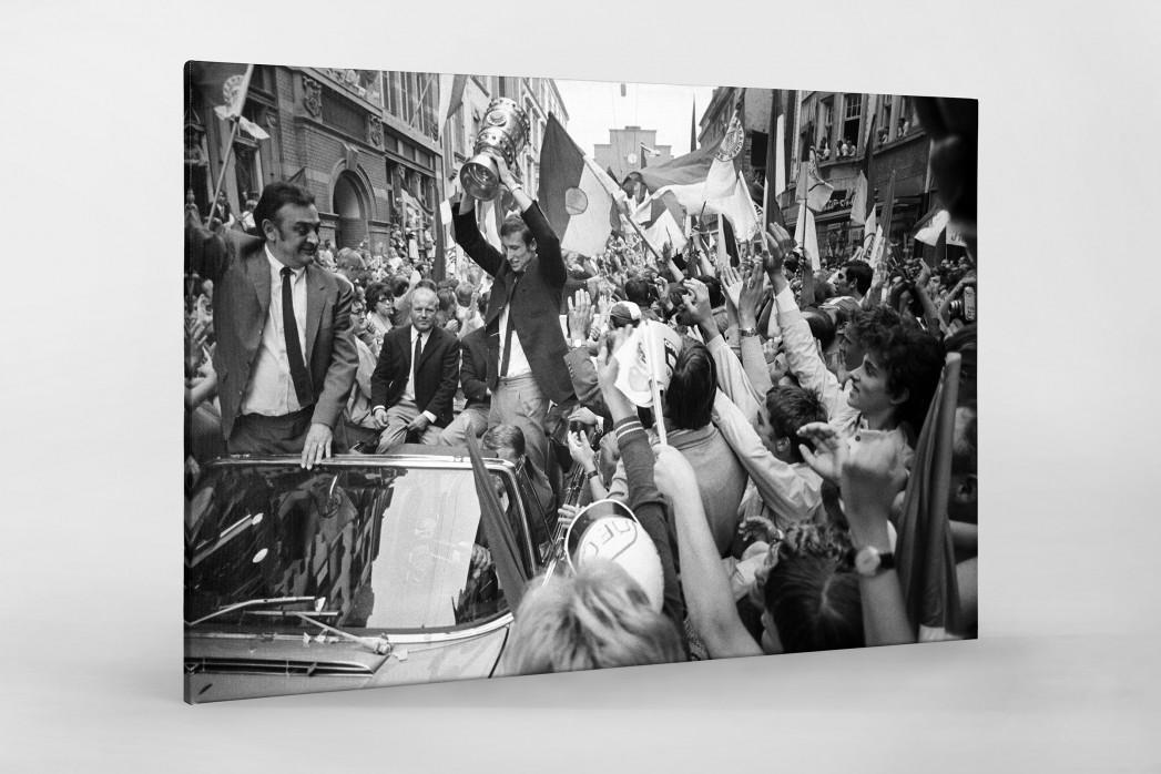 Offenbach feiert Pokalsieg als Leinwand auf Keilrahmen gezogen
