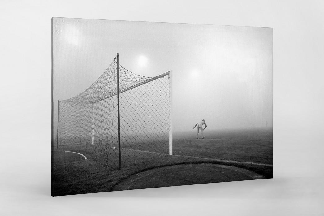 Pfaff im Nebel als Leinwand auf Keilrahmen gezogen