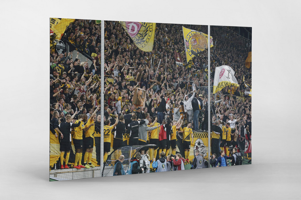 Dresden jubelt im Pokal als auf Alu-Dibond kaschierter Fotoabzug