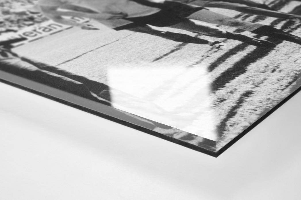 Dresdens Meister 1976 als Direktdruck auf Alu-Dibond hinter Acrylglas (Detail)