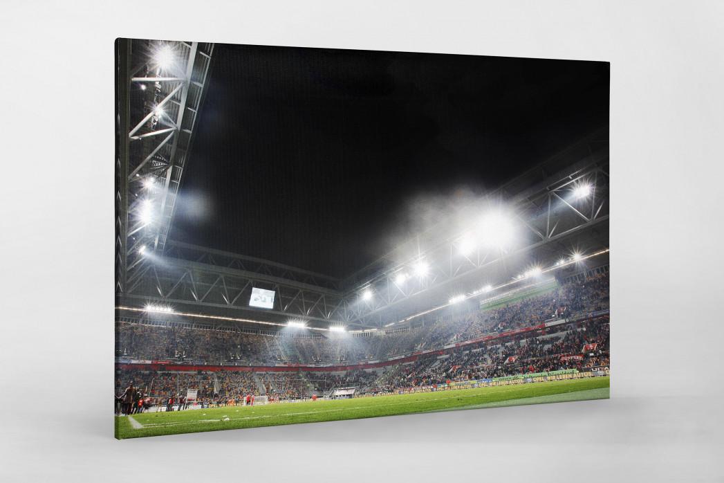 Flutlicht in Düsseldorf als Leinwand auf Keilrahmen gezogen