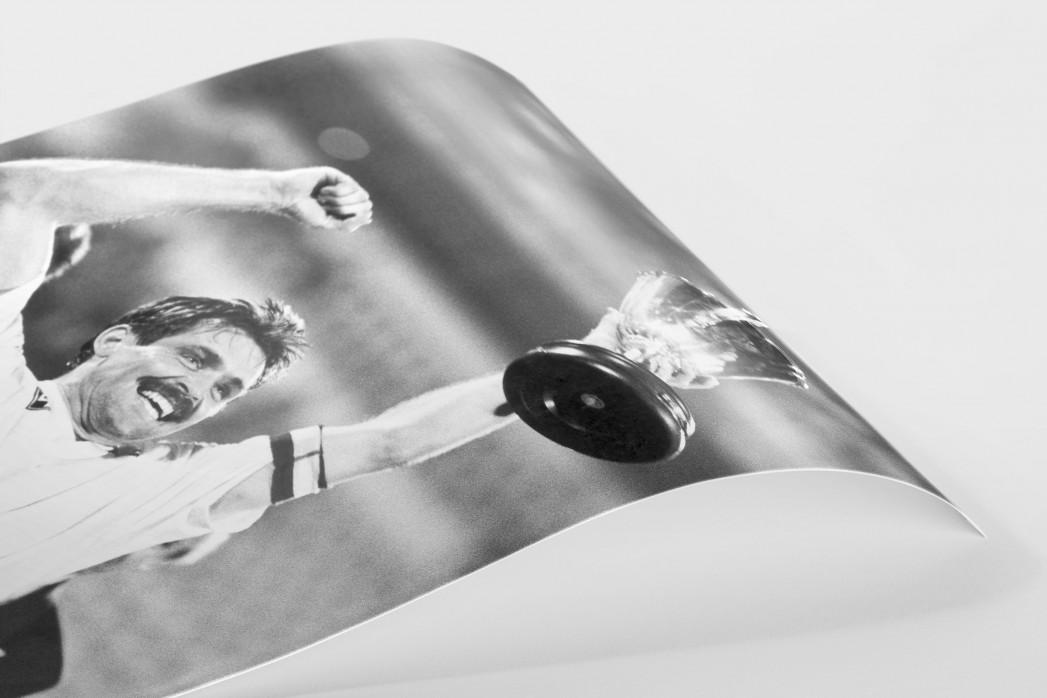 Mirko und der Pokal als FineArt-Print