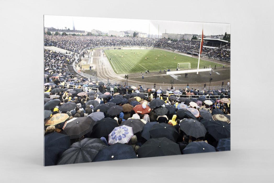 Stadion der Weltjugend als Direktdruck auf Alu-Dibond hinter Acrylglas