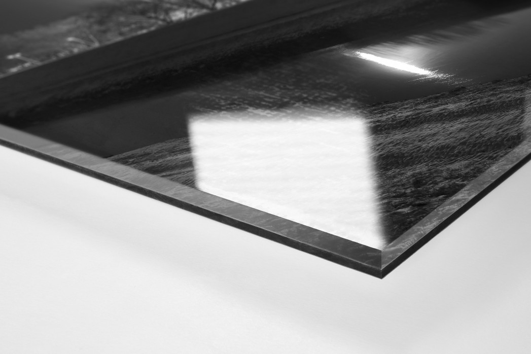 Niederrheinstadion bei Flutlicht (s/w) als Direktdruck auf Alu-Dibond hinter Acrylglas (Detail)