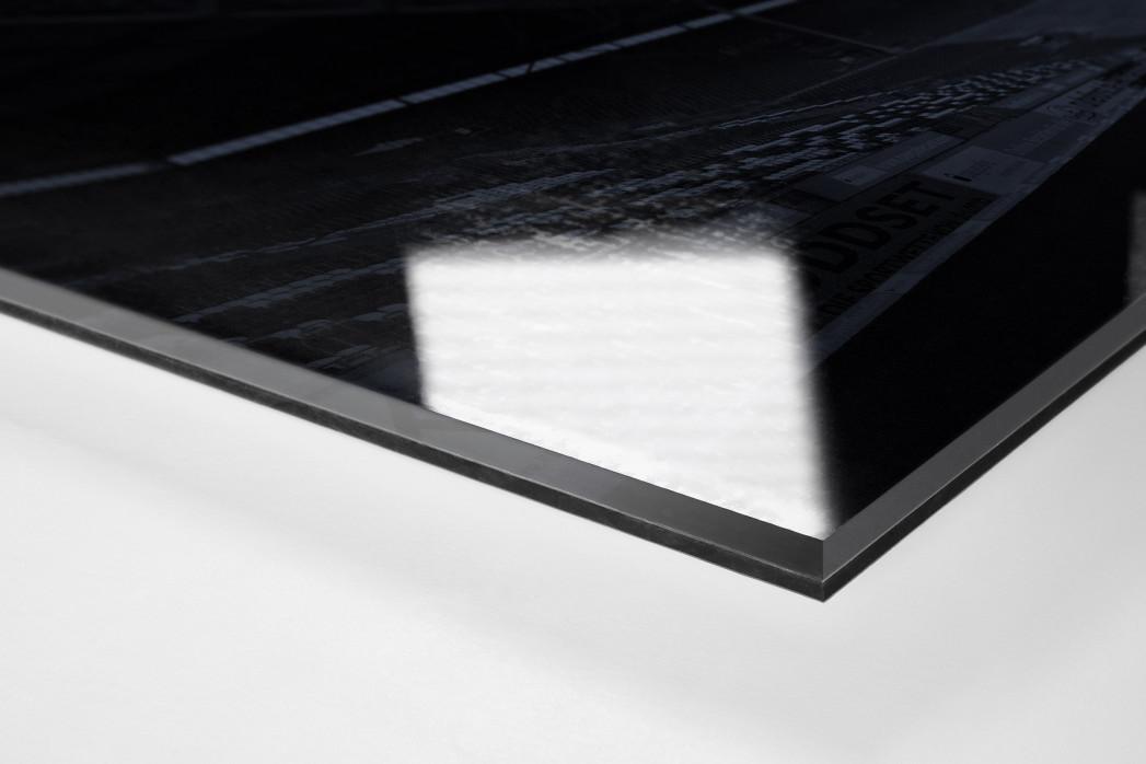 Stadien bei Nacht - Betzenberg (1) als Direktdruck auf Alu-Dibond hinter Acrylglas (Detail)