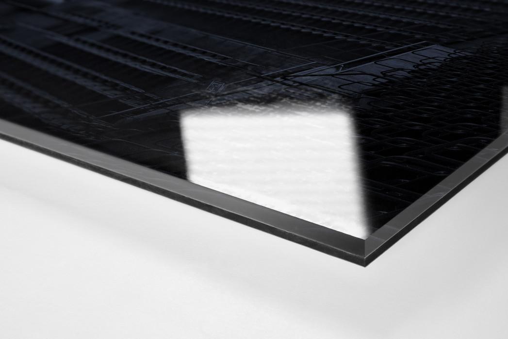 Stadien bei Nacht - Betzenberg (2) als Direktdruck auf Alu-Dibond hinter Acrylglas (Detail)