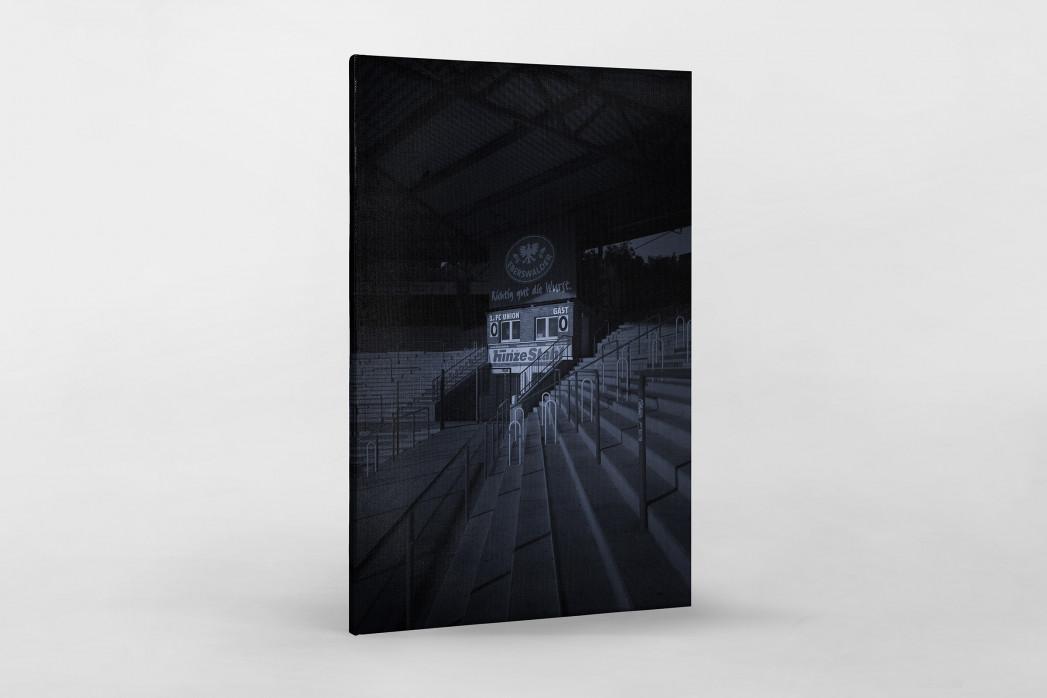 Stadien bei Nacht - Alte Försterei (2) als Leinwand auf Keilrahmen gezogen