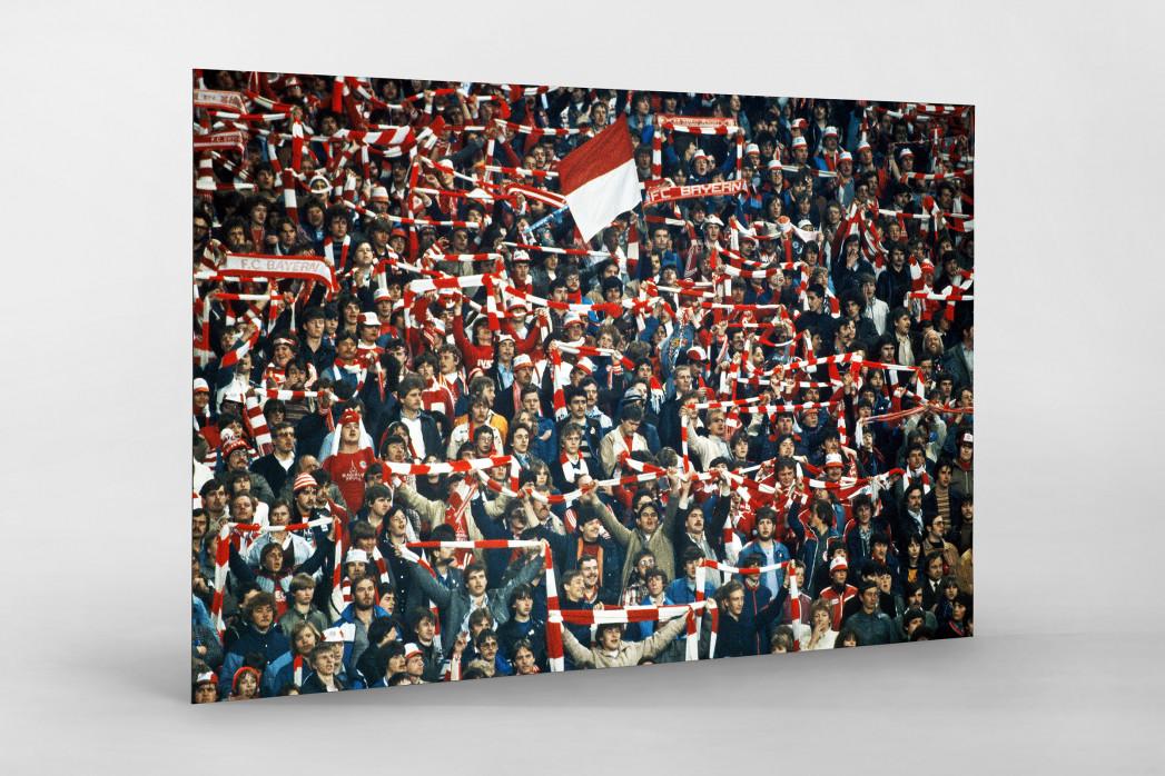 Bayern Fans 1982 als auf Alu-Dibond kaschierter Fotoabzug