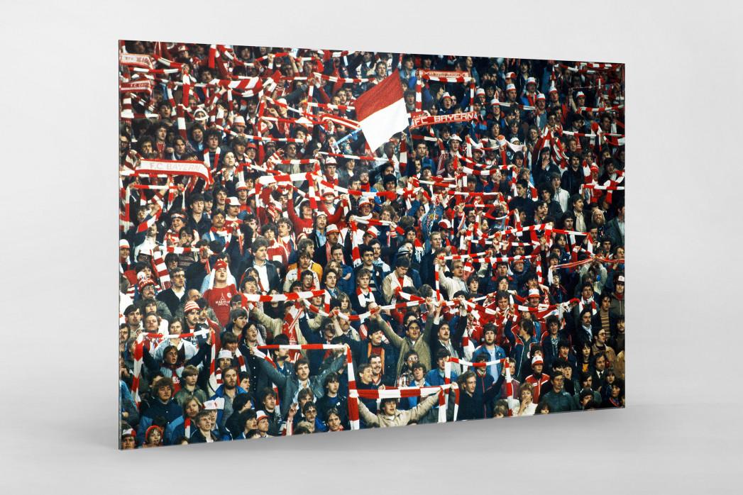 Bayern Fans 1982 als Direktdruck auf Alu-Dibond hinter Acrylglas