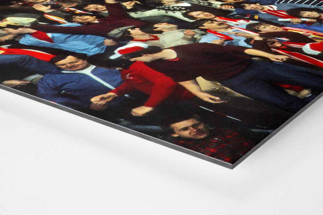 Liverpool Fans 1981 als auf Alu-Dibond kaschierter Fotoabzug (Detail)