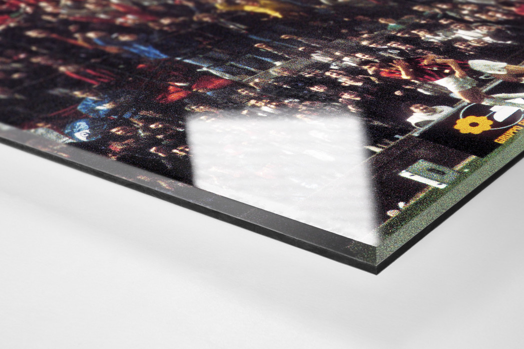 Mailänder Torjubel als Direktdruck auf Alu-Dibond hinter Acrylglas (Detail)