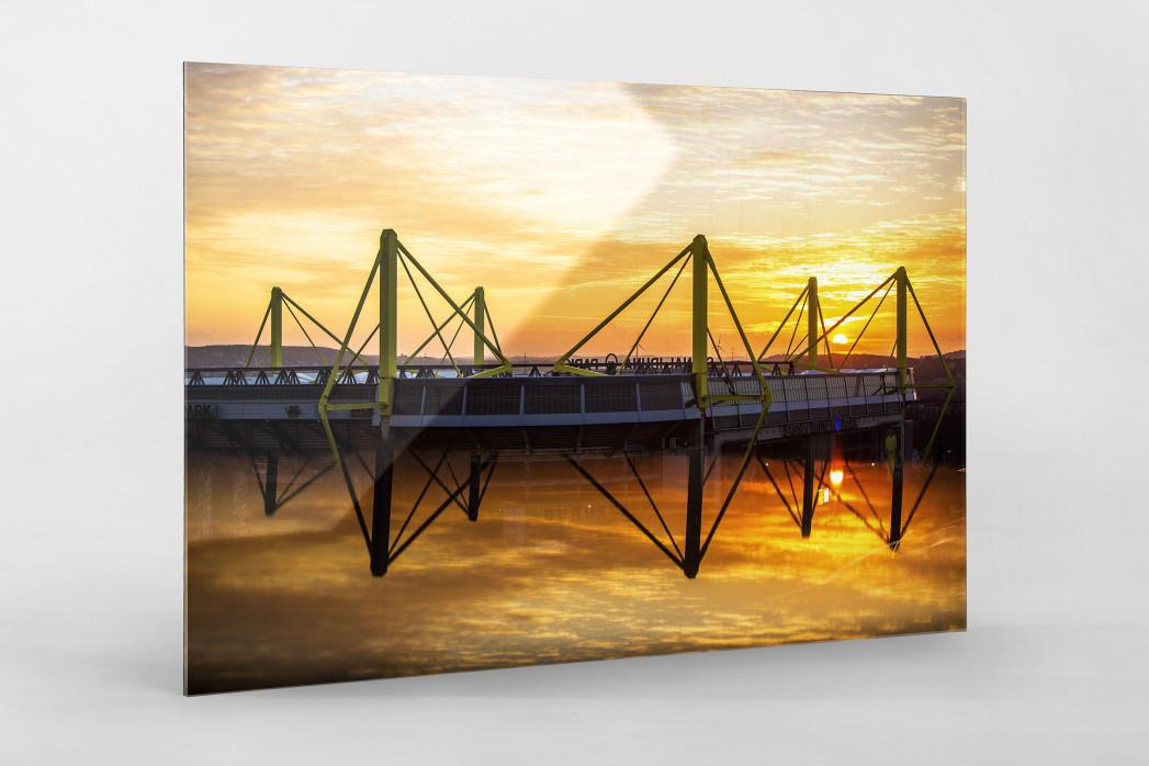 Signal Iduna Park bei Sonnenuntergang als Direktdruck auf Alu-Dibond hinter Acrylglas