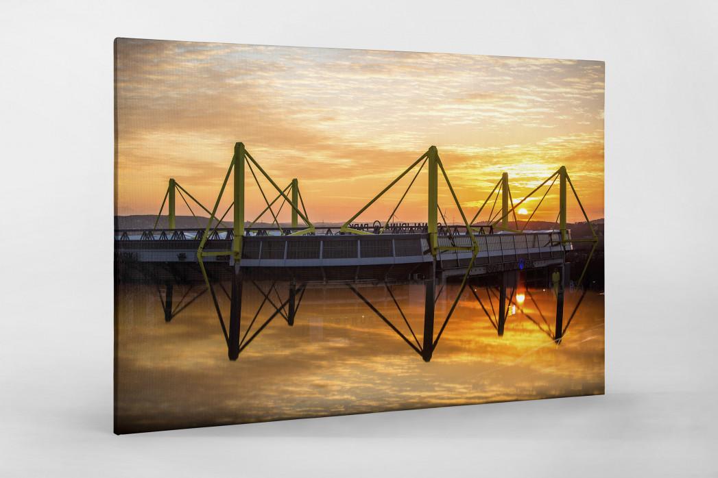 Signal Iduna Park bei Sonnenuntergang als Leinwand auf Keilrahmen gezogen