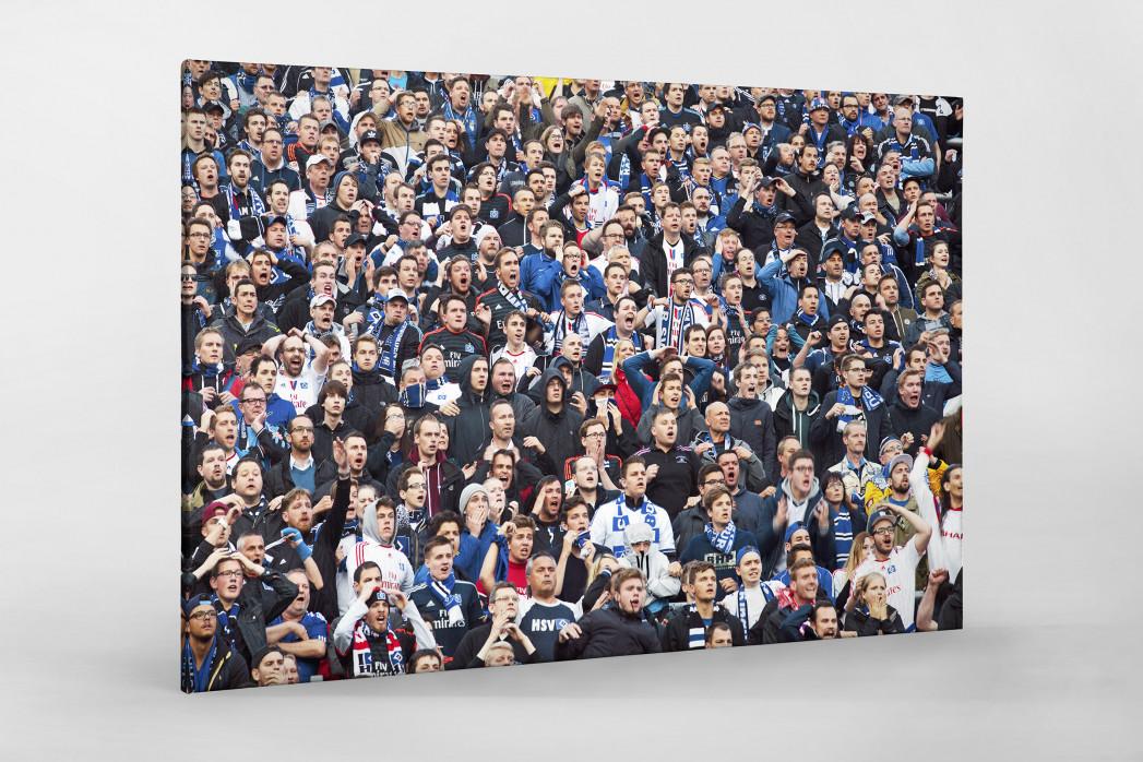 HSV Fans bei der Relegation vor dem Tor als Leinwand auf Keilrahmen gezogen