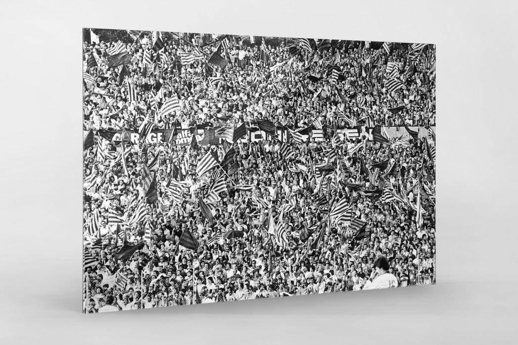 Barca Fans in Basel (1) als Direktdruck auf Alu-Dibond hinter Acrylglas
