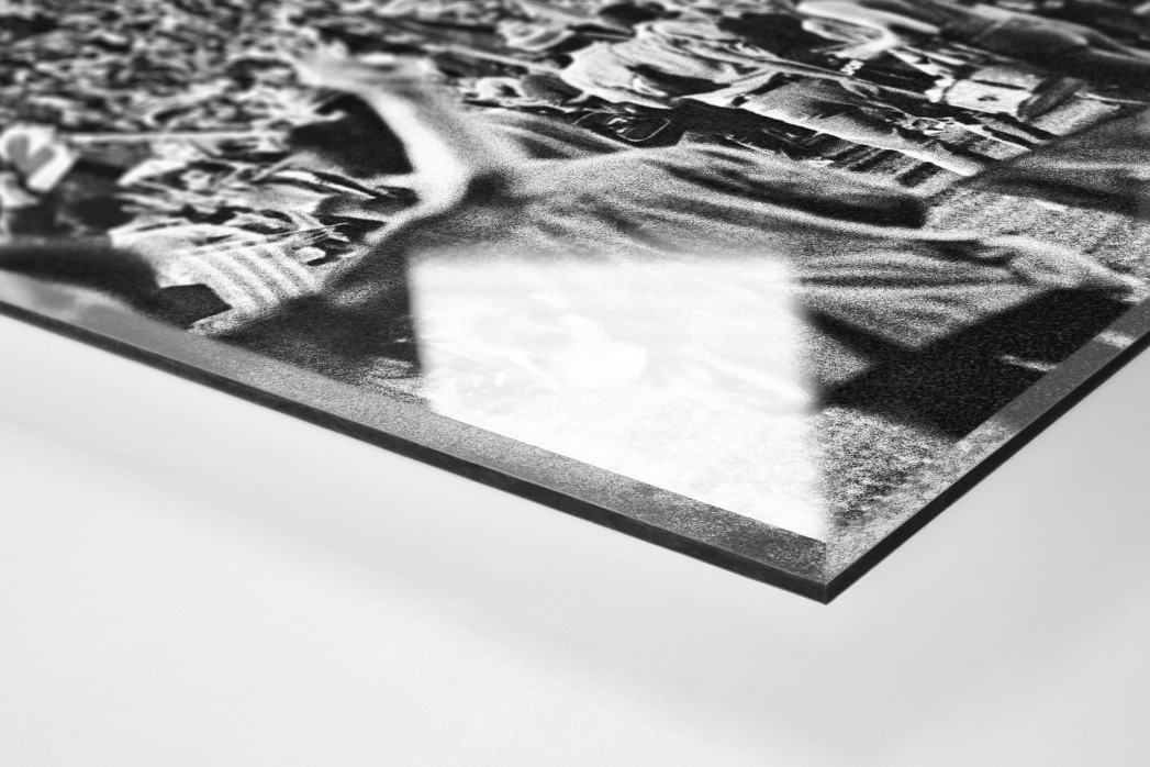 Barca Fans in Basel (2) als Direktdruck auf Alu-Dibond hinter Acrylglas (Detail)